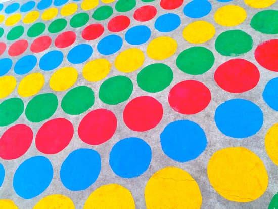 前庭覺是什麼?如何影響著孩子能力發展?什麼教具玩具遊戲可以幫助刺激前庭發展?